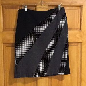 Worthington skirt size 12 black / white